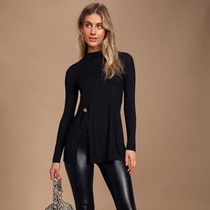 Eyes on me black tunic